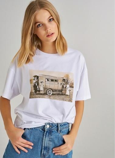 Monamoda Fotoğraf Baskılı Oversize Tişört Beyaz